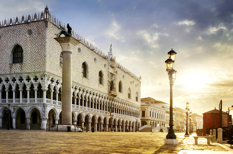 St Mark fyrkant Venedig royaltyfri fotografi