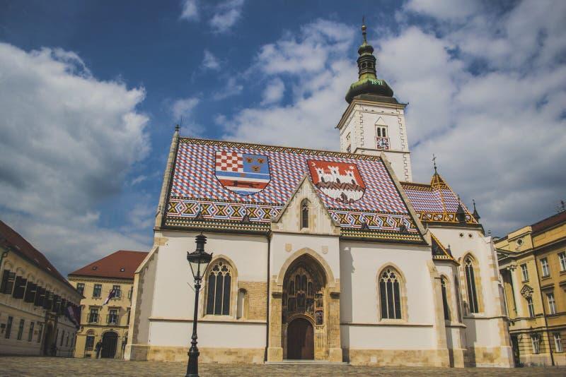 St Mark Kirche stockbilder