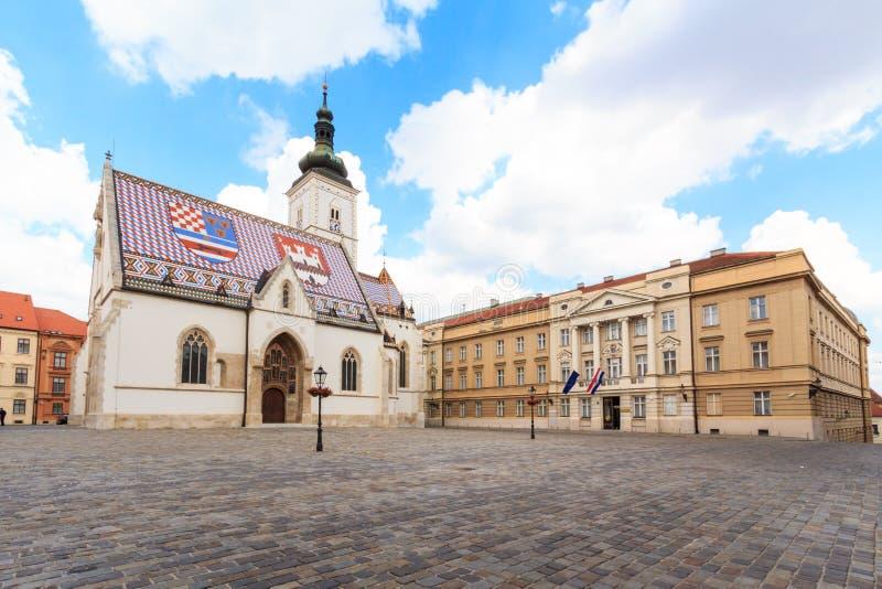 St Mark kyrka i Zagreb arkivbilder
