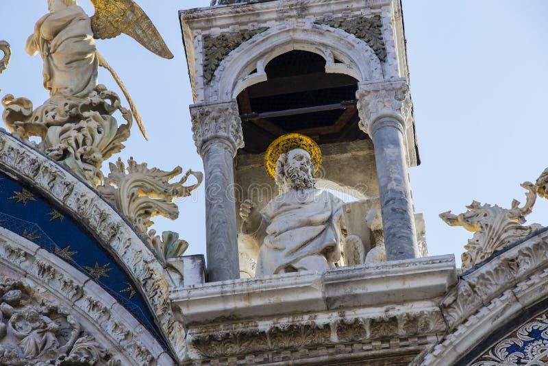 St- Mark` s Basilika in Venedig stockfotos