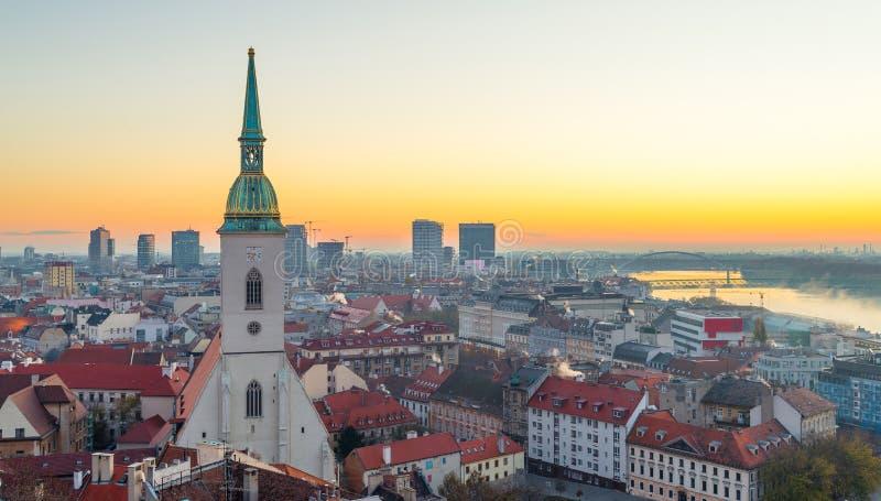 St Martin ` s Kathedraal in Bratislava, Slowakije stock afbeelding