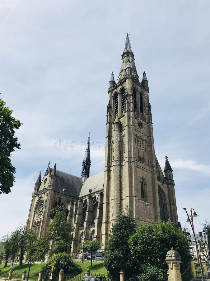 St- Martinkirche Arlon belgien europa lizenzfreie stockbilder