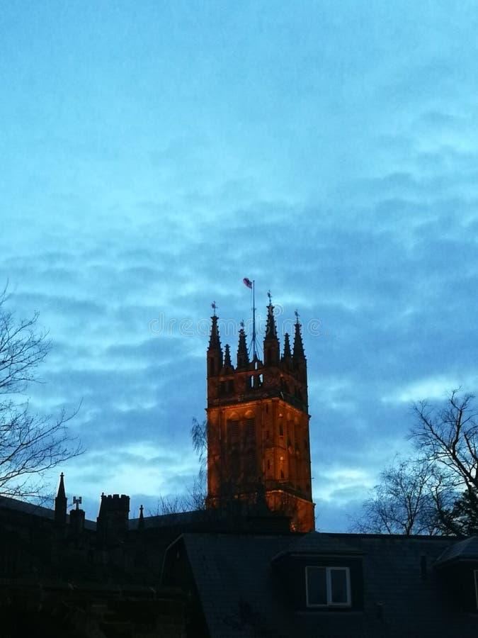 St Mary & x27; igreja de s, Warwick no crepúsculo fotos de stock royalty free