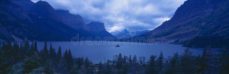 St Mary Lake, parque nacional de geleira, Montana fotos de stock