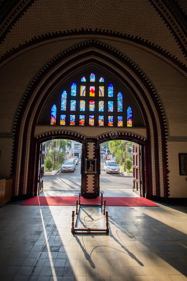 St- Mary` s Kathedralen-Kircheneingang in Rangun lizenzfreies stockbild
