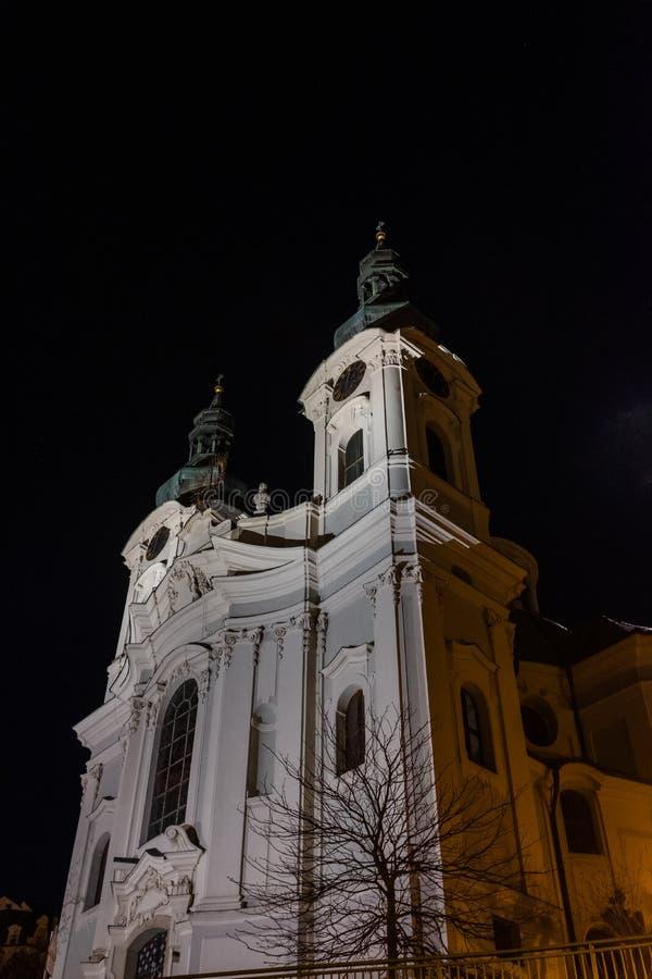 St Maryjny Magdalene kościół przy nocą obrazy stock