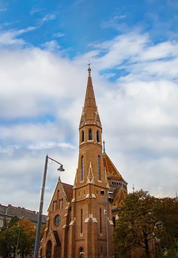 St Matthias Church em Budapest um do templo principal em Hungria foto de stock royalty free