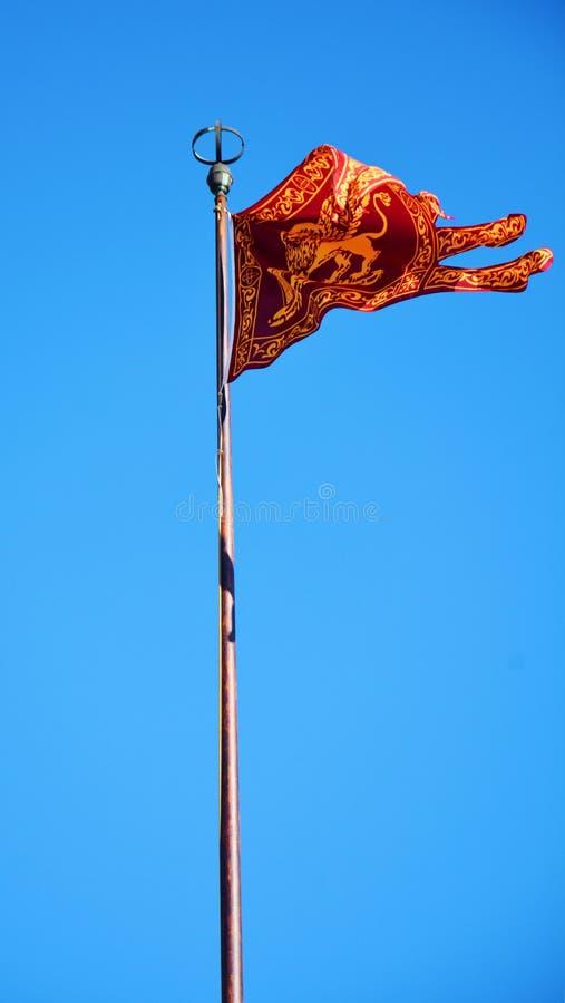 St merkt de Vierkante en Venetiaanse vlag van ` s, in Venetië, Italië stock afbeelding