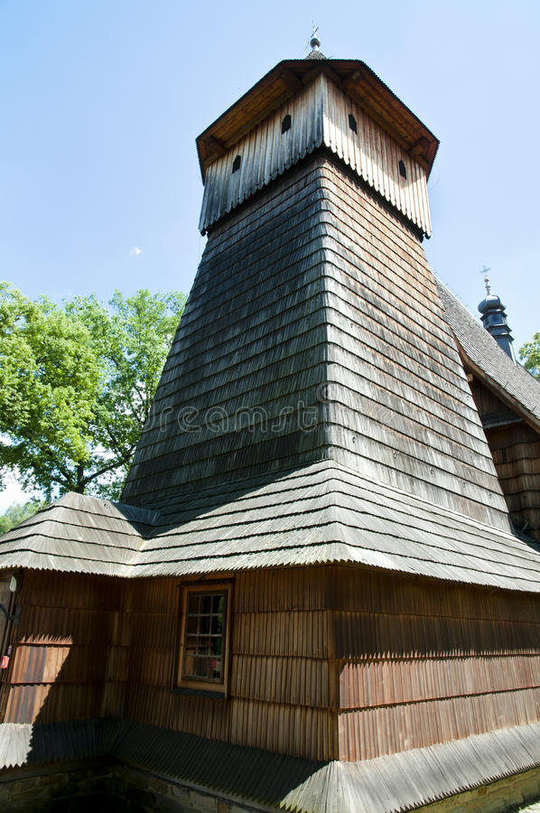 St Michael Archangel Wooden Church - Binarowa - Polonia foto de archivo
