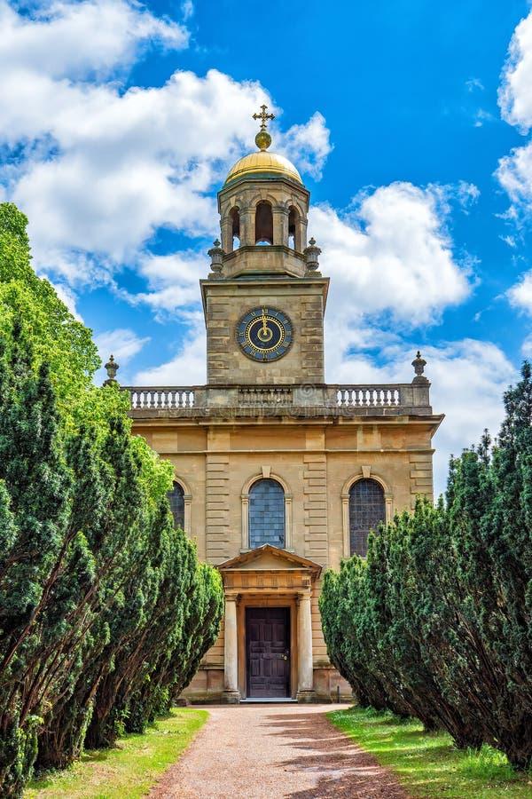 St Michael e tutta la chiesa di angeli, Worcestershire, Inghilterra immagini stock libere da diritti