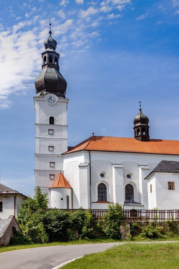St. Michael-kyrkan, staden Branna, Jeseniky-bergen, Tjeckien arkivfoton
