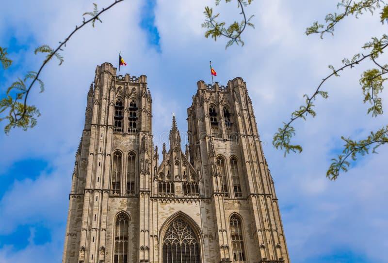 St Michael och Gudula domkyrka i Bryssel Belgien arkivbild