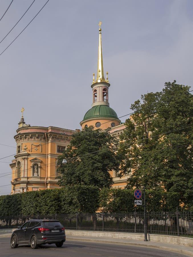 St Michael u. x27; s ziehen sich zurück, auch genannt Mikhailovsky-Schloss oder Enginee stockfoto