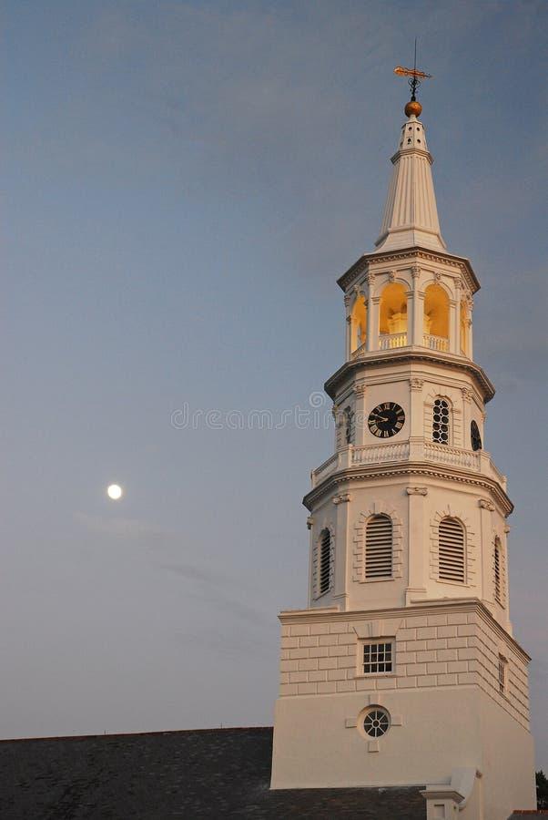 St Michaels和满月 免版税库存照片