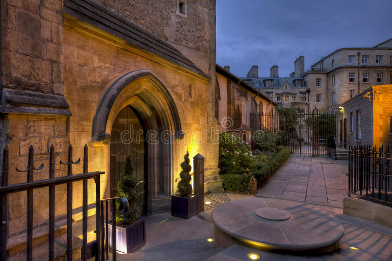 St Michaels Cambridge la nuit image libre de droits