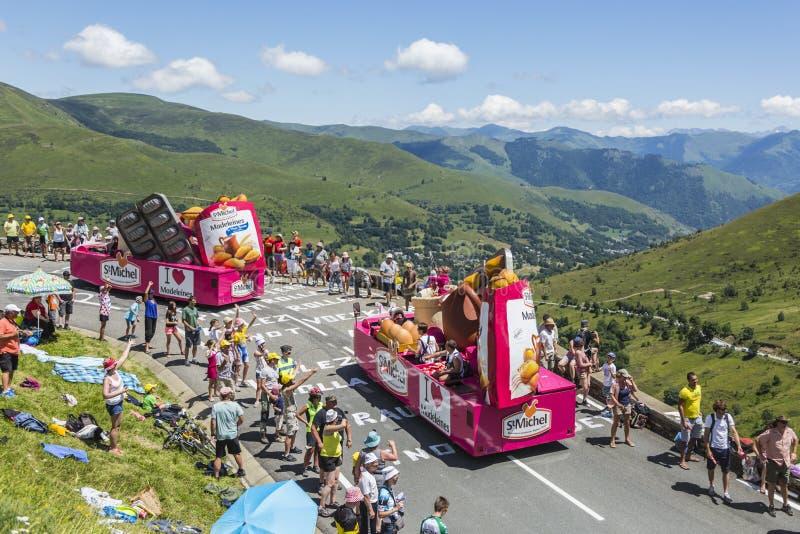 St Michel Madeleines Caravan - Tour de France 2014 imagenes de archivo