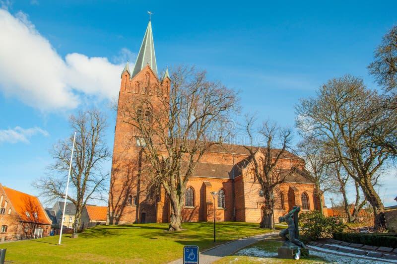 St Mikkels kerk in stadscentrum van Slagelse in Denemarken royalty-vrije stock foto's