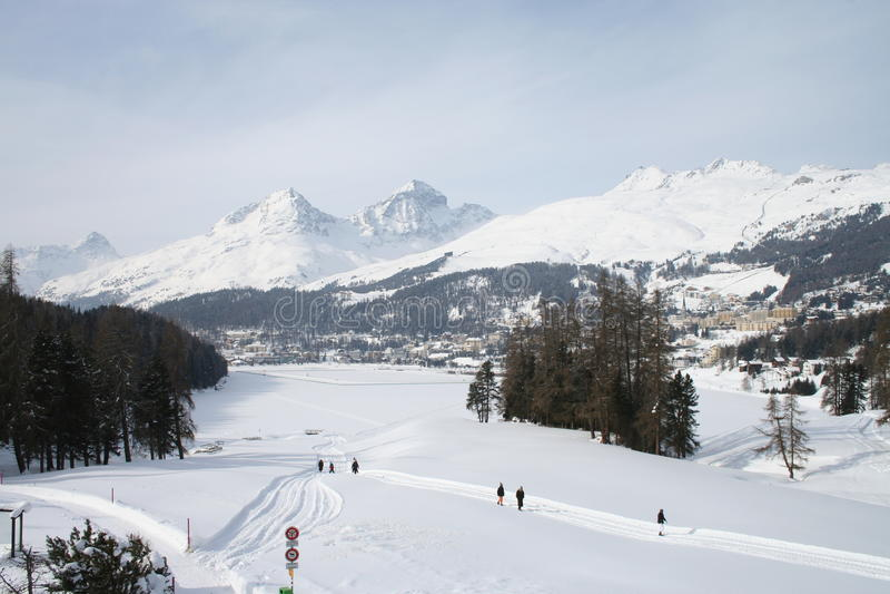 St Moritz See im Winter stockbilder
