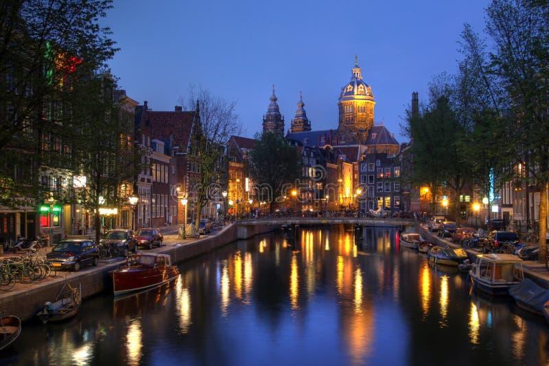 St. Nicholas Church in Amsterdam, Nederland stock afbeeldingen