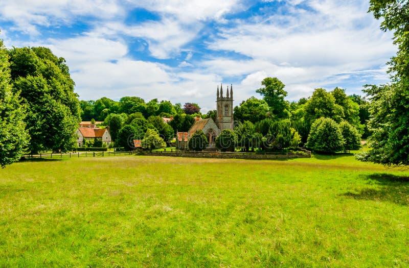 St Nicholas Church i Chawton, Hampshire, England fotografering för bildbyråer