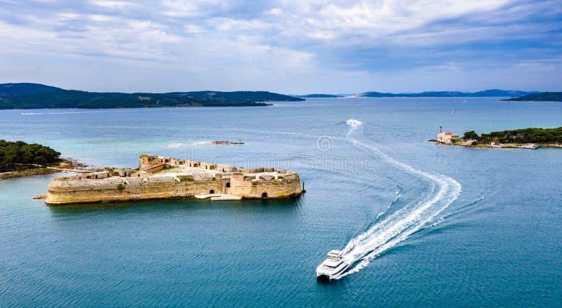 St Nicholas forteca blisko Sibenik w Chorwacja fotografia royalty free