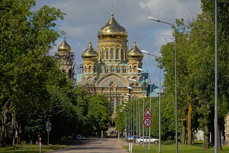 St Nicholas Naval Cathedral I n Karosta arkivfoto