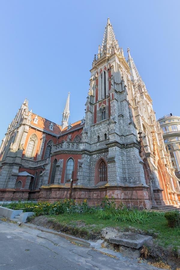 St Nicholas Roman Catholic Cathedral en het Nationale Huis van Orgaan en Kamermuziek in Kiev royalty-vrije stock foto's