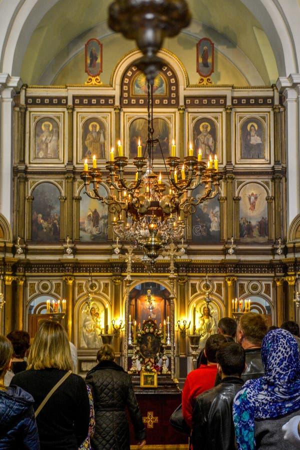 St Nicholas Serbian Orthodox Church sur la place de St Luke à la vieille ville de Kotor photographie stock