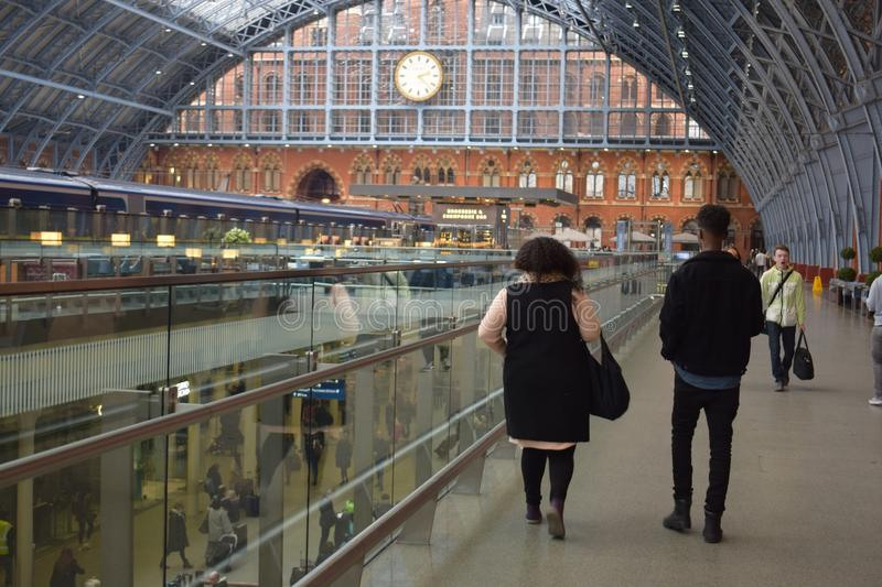 01/04/2018 St pancras internationale post Londen stock afbeeldingen