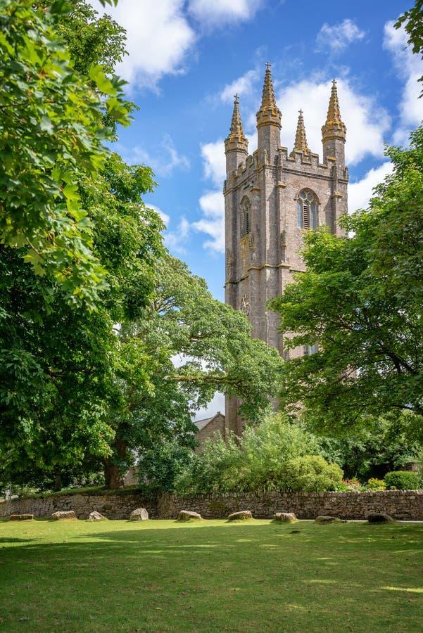 St Pancras kyrka i Widecombe i heden, Dartmoor, Devon UK royaltyfria foton