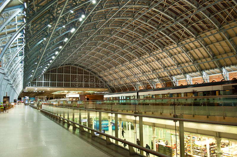 Download St.Pancras Station editorial stock photo. Image of olympic - 27715668