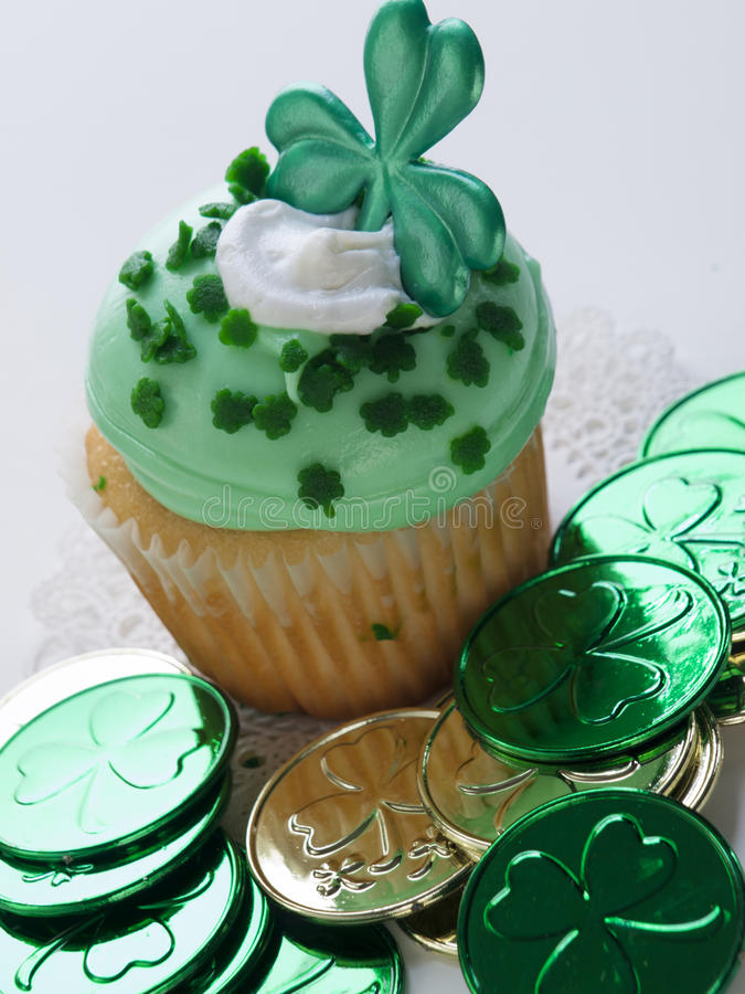 St. Patrick's Day Cupcake royalty free stock photos
