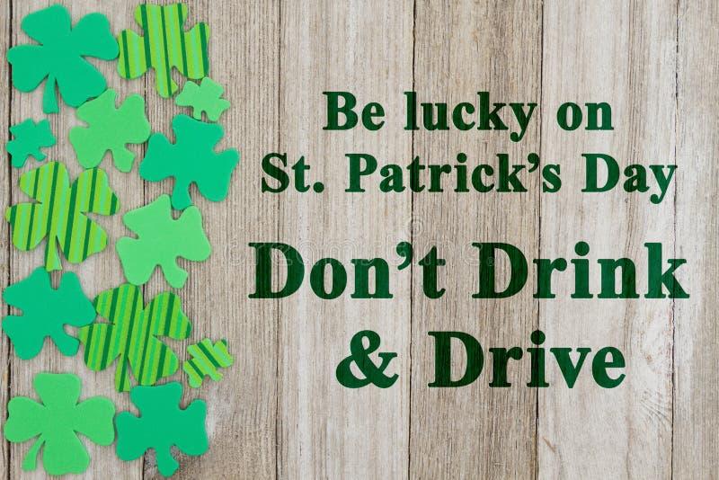 St- Patrick` s Tagessicherheitsmitteilung stockfotos