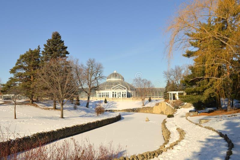 ST PAUL, МИНЕСОТА декабрь 2017 - зоопарк и консерватория Como во время зимы стоковое изображение
