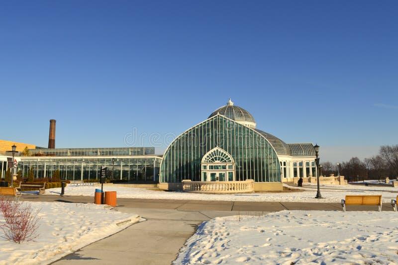 ST PAUL, МИНЕСОТА декабрь 2017 - зоопарк и консерватория Como во время зимы стоковое фото