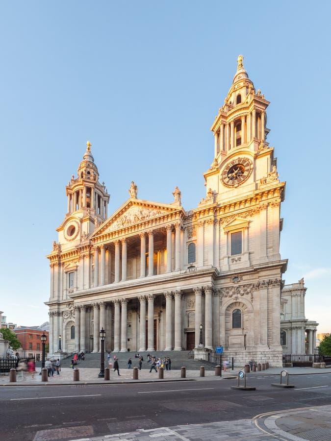 St Paul Cathedral, Londen, het UK stock afbeeldingen