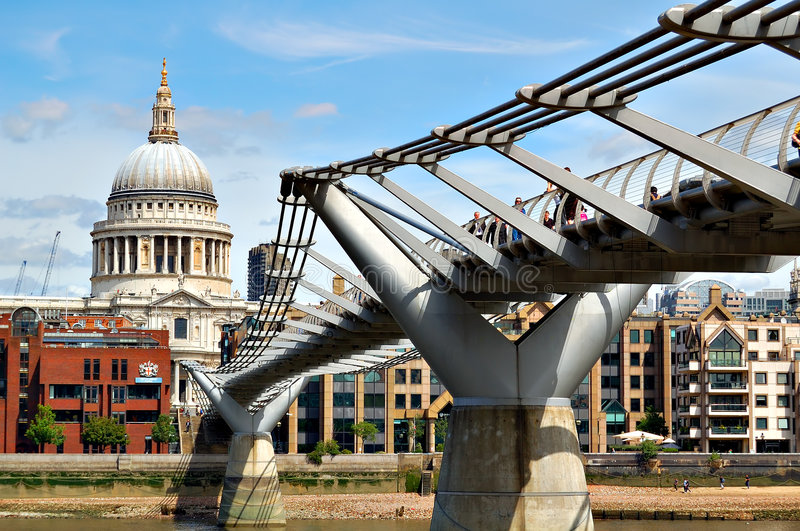 St Paul Cathedral and the Millennium Bridge royalty free stock photos