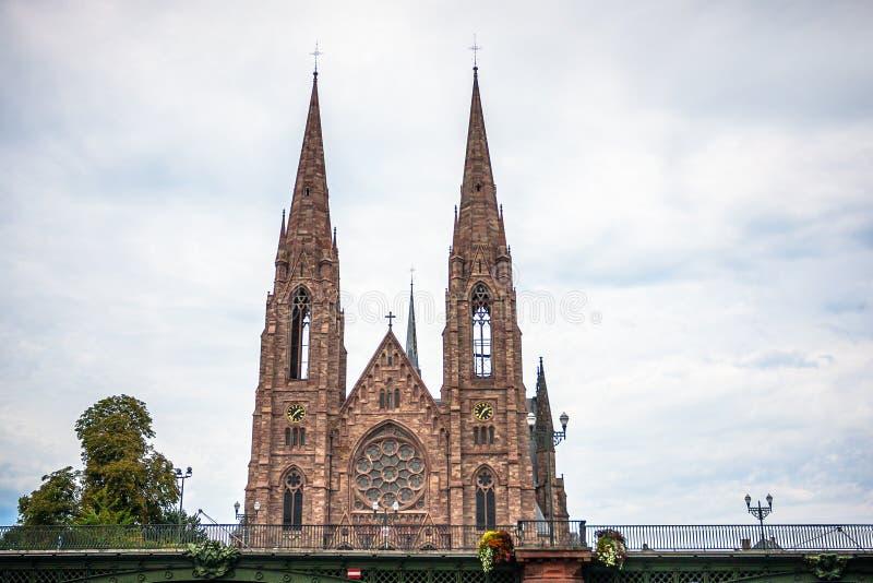 St Paul Church dal fiume malato a Strasburgo fotografia stock libera da diritti