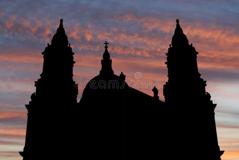 St Paul kathedraal bij zonsondergang stock illustratie