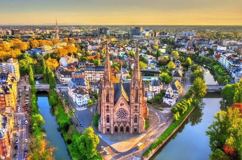 St Paul kościół w Strasburg, Alsace -, Francja fotografia stock