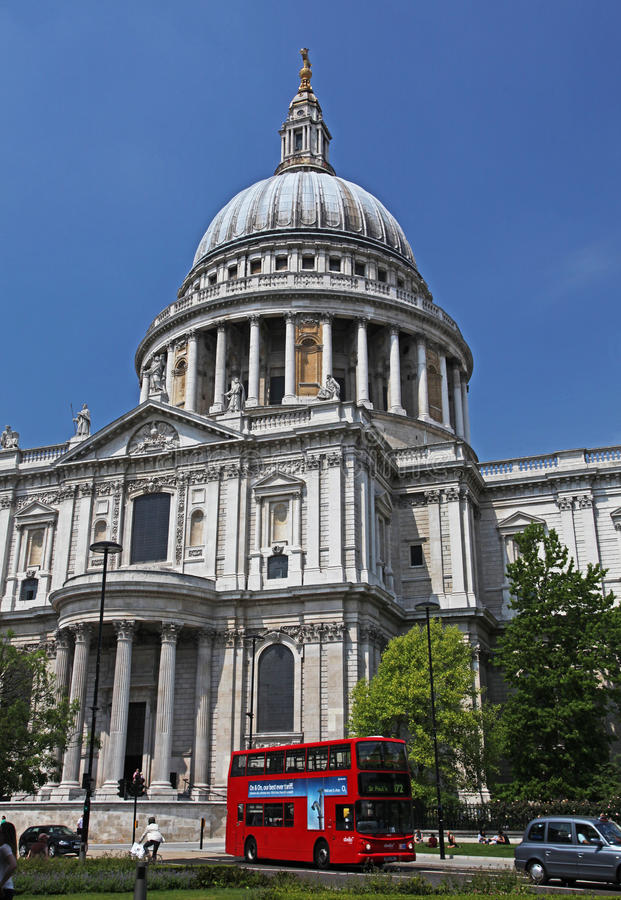 St. Paul's cathedral in London stock photography