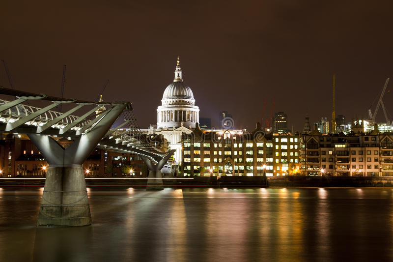 Download St Paul's Cathedral And Millennium Bridge Editorial Photography - Image: 20772302
