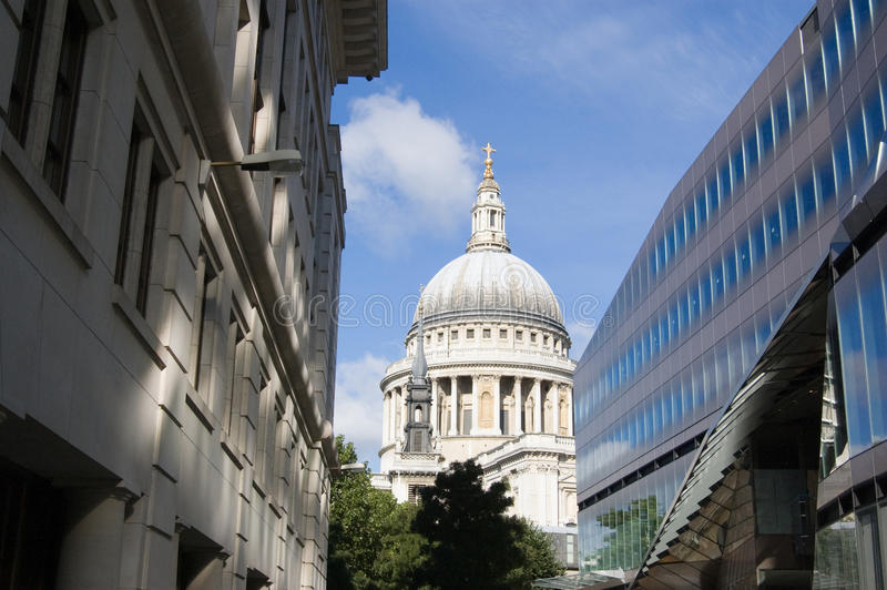 Download St Paul's Cathedral vista stock photo. Image of landmark - 15916866