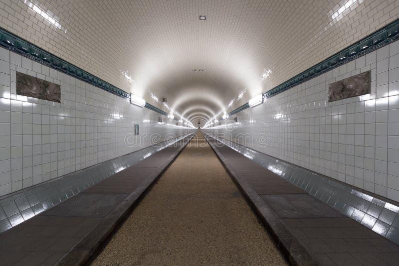 St Pauli Old Elbe Tunnel después de la restauración en Hamburgo, Alemania foto de archivo libre de regalías
