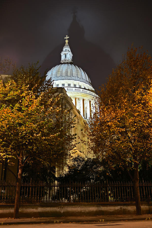 Download St Pauls Cathedral, London, England, UK, Night Stock Image - Image of domes, churches: 21868397