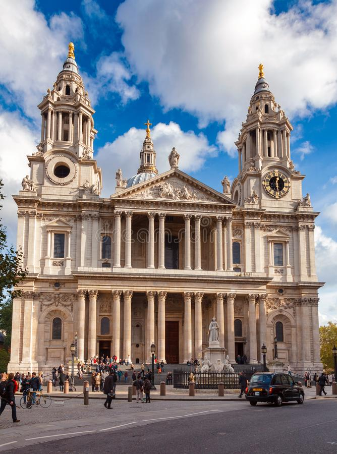St Pauls Cathedral West Front London UK royaltyfri foto