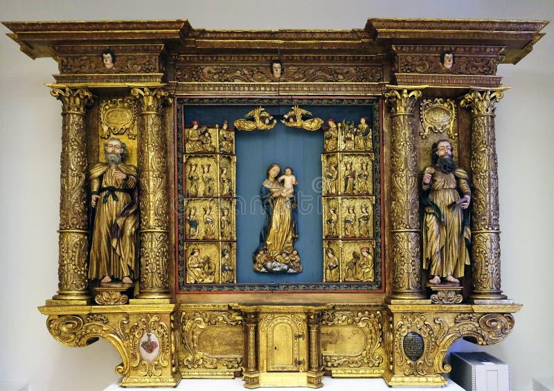 St Peter, дева мария с ребенком Иисусом и St Paul стоковые фото