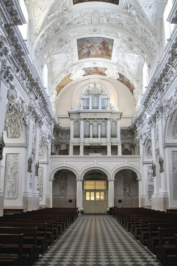 St.Peter en St.Paul kerk, kerkbinnenland royalty-vrije stock afbeelding