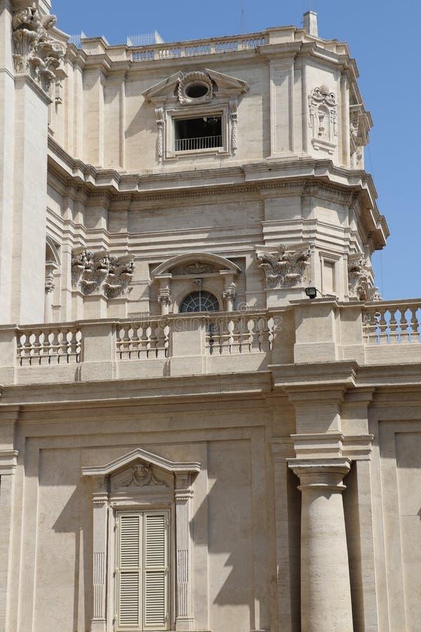Download St Peter i Vaticanen fotografering för bildbyråer. Bild av kristen - 76703753