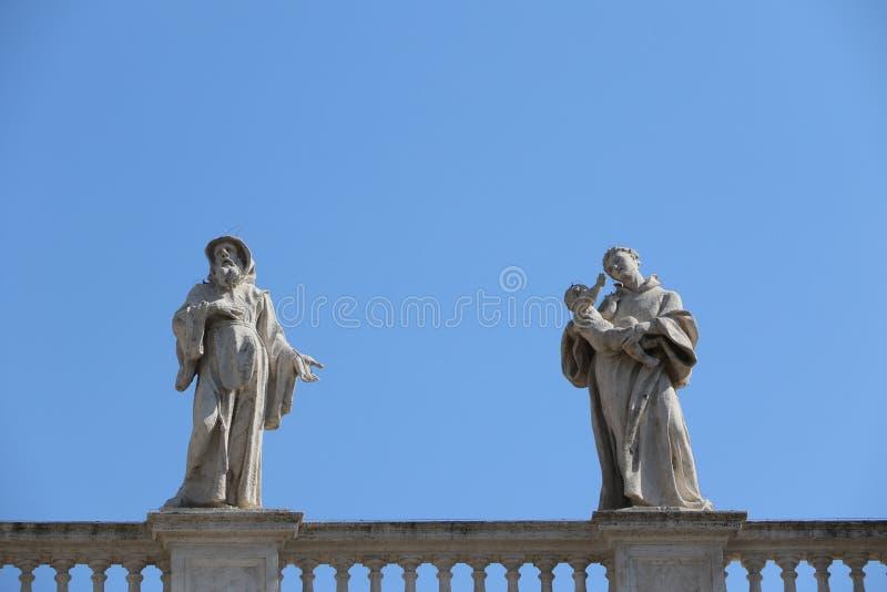 Download St Peter i Vaticanen redaktionell bild. Bild av kristendomen - 76703791